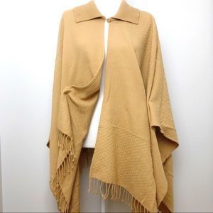 VTG Western Boho Shawl Poncho Knit Sweater OS